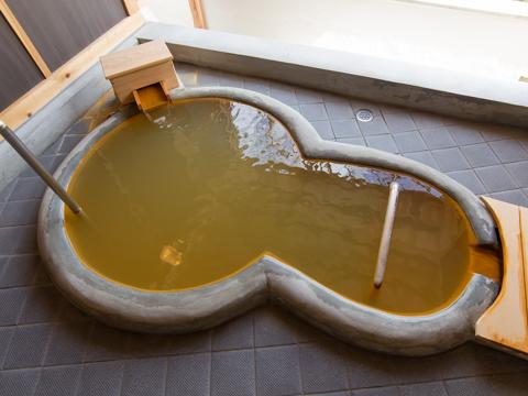 ファミリースイートルーム専用自家金泉露天風呂