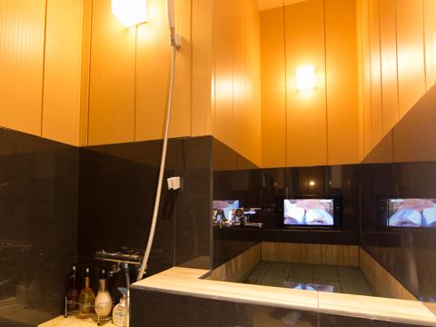 TV付き室内風呂